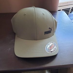 Puma flex fit cap